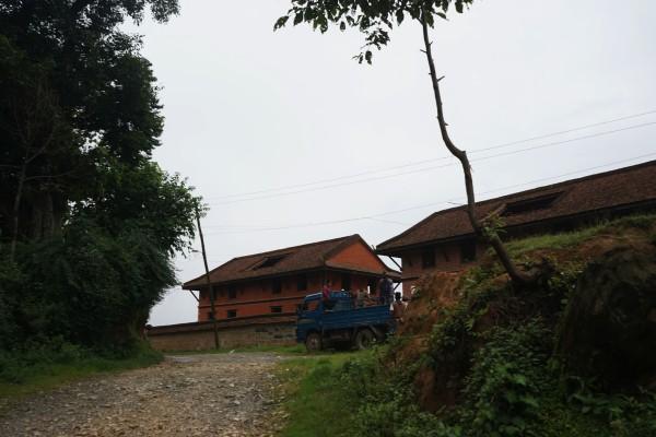 銀杏旅館への道3