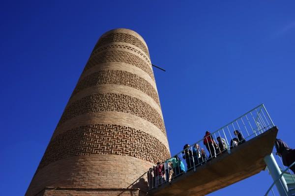 混んでる塔