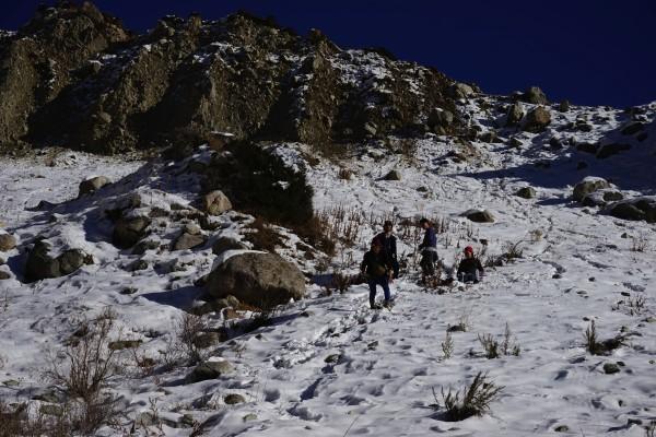 急な山道3
