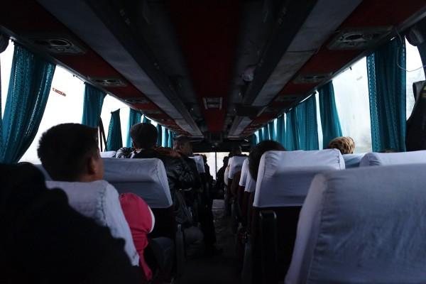 バス車内 copy copy