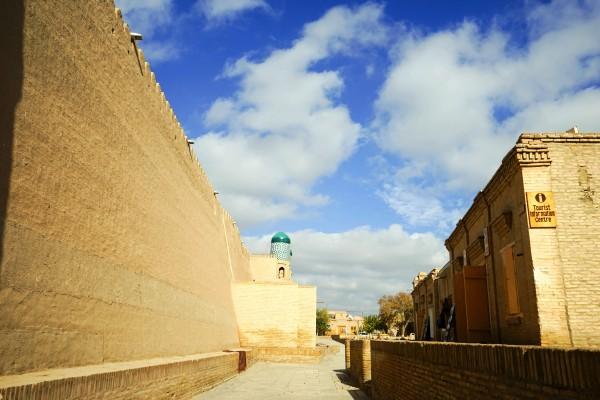 塀に囲まれた街3