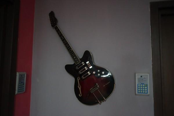 ギター飾ってある