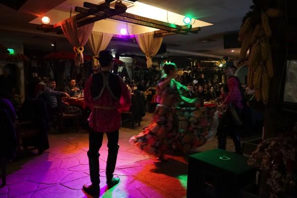 ブルガリア舞踊