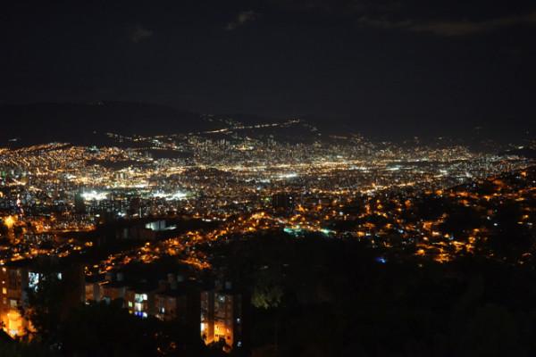 メデジンの夜景