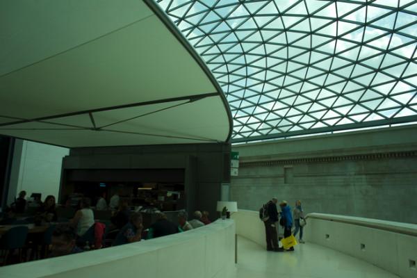 やってきました大英博物館