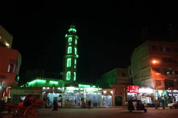 塔もライトアップ